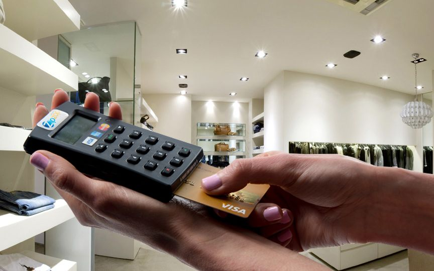 mpos-speed-point-device-being-used-in-a-transaction